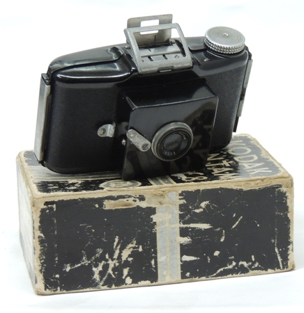 Kodak Bantum f8 Bakerlite Type 828 - Boxed