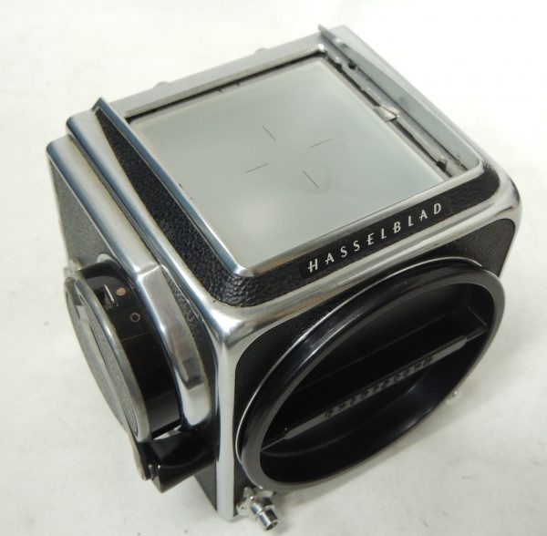 Hasselblad 500CM Body with Standard Screen